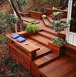Терраса-лестница из термодревесины